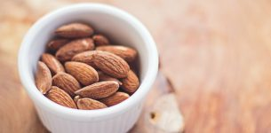 Can You Maintain Your Weight While Consuming Nuts And Nut Products?